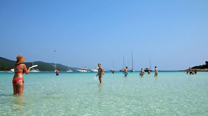 sakarun-sandy-beach-zadar